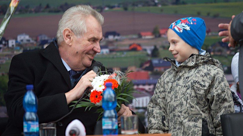 Prezident Miloš Zeman v Hněvotíně