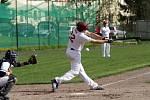 Olomoučtí baseballisté (v bílém) vs. Arrows Ostrava