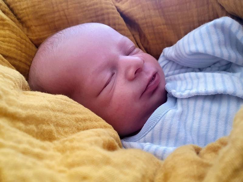 Vilém Salinger, Přerov, narozen 25. září 2021 v Přerově, míra 49 cm, váha 2976 g