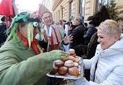 Masopustní veselí na Horním náměstí v Olomouci.