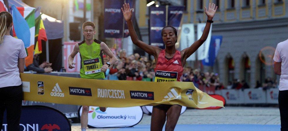 Olomoucký půlmaraton 2018 - nejlepší žena Netsanet Gudeta (Etiopie)