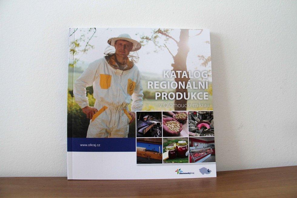 Přehled regionálních potravin, nápojů a služeb zájemci najdou v novém katalogu. V těchto dnech jej vydalo hejtmanství.