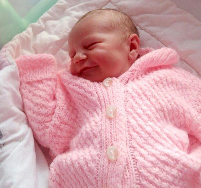 Amálie Machusová,  narozena 30. května,  míra 53 cm, váha 3760 g