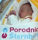 Matěj Červínek, Moravská Huzová, narozen 3. dubna ve Šternberku, míra 53 cm, váha 3400 g