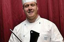 Kurz vaření povede v olomouckém NH hotelu šéfkuchař Petr Zuček