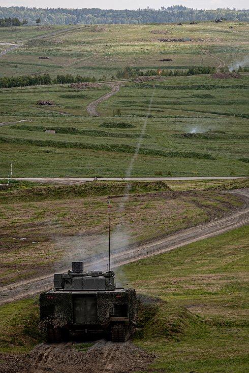 Obrněnec Lynx KF41 na mediálním dnu při testování bojových vozidel pěchoty (BVP) z tendru pro českou armádu ve vojenském prostoru Libavá, 27. května 2021.