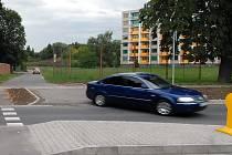 Řidič, který neodpočí vpravo, porušuje předpisy.