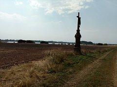 Mrtvola novorozence byla nalezena na poli mezi Věrovany a Tovačovem.