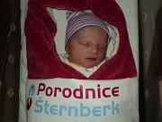 Julie Jurincová, Bohuslavice, narozena 23. ledna, míra 49 cm, váha 3350 g