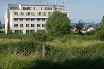 V sousedství bývalé přírodovědy v Hejčíně vyroste areál školy pro zrakově postižené