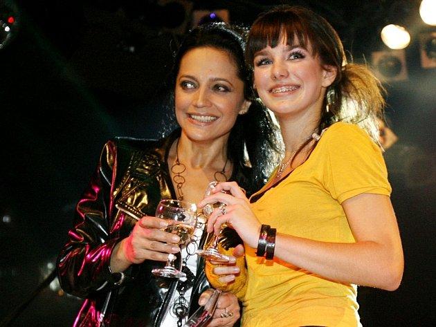 Lucie Bílá s Ewou Farnou.