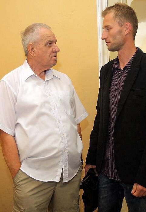 Svědek Jaromír Dolníček u Okresního soudu v Olomouci