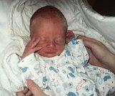 Michal Pazdera, Hněvotín, narozen 23. března ve Šternberku, míra 48 cm, váha 2600 g