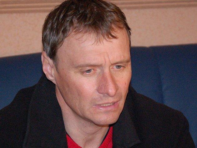 Trenér HFK Miroslav Kouřil