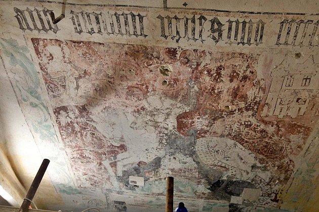 Unikátní nálezy vkapli svatého Jiří vLitovli
