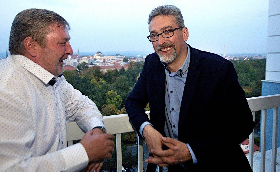 Lídr ANO v Olomouci Miroslav Žbánek (vpravo) a lídr hnutí v minulých komunálních volbách Milan Feranec