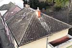 Následky orkánu Sabine v Olomouckém kraji - úterý 11. 2. 2020 - uvolněná střecha v Přerově - Svépomoci