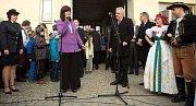 Prezident Zeman na návštěvě hanácké obce Cholina