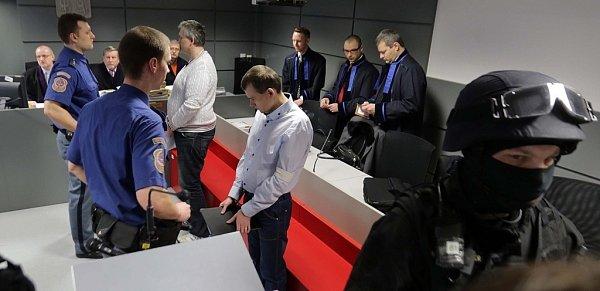 Soud sbratry Březinovými a Tomášem Pantlíkem vOlomouci - lihová aféra