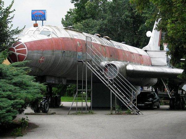 Olomoucké letadlu Tu-104alias bar Letka