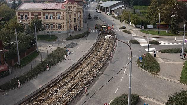 Oprava tramvajových kolejí v Litovelské ulici v Olomouci.