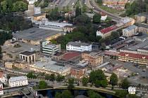 Letecký pohled na areál Mila.