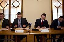 Podpis koaliční smlouvy o vládnutí na radnici v Olomouci