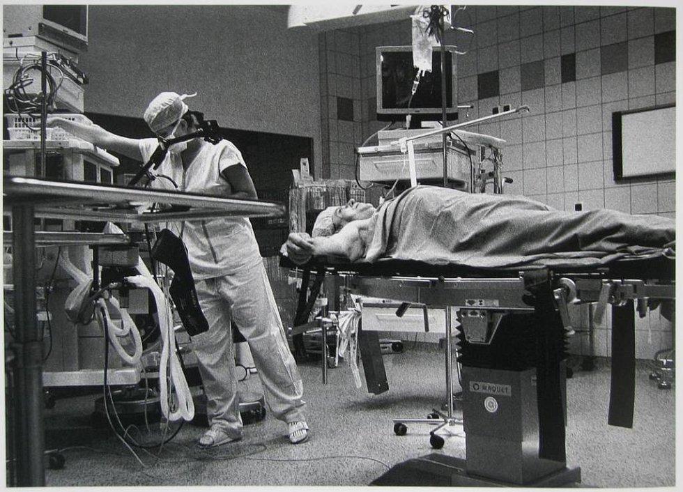 Minuty operací. Ze série Tichá nemoc Jindřicha Štreita