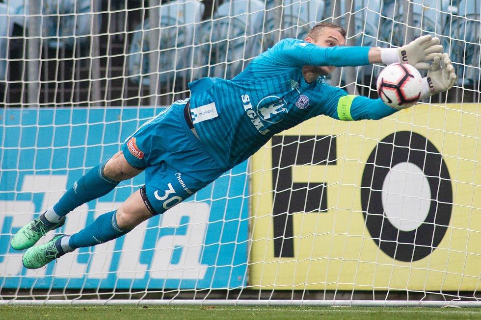 SFC Opava proti Sigmě Olomouc. Miloš Buchta (SK Sigma Olomouc).