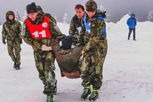 Extrémní armádní závod Winter Survival 2020 v Jeseníkách