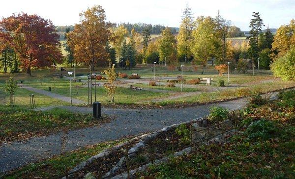 Park na Křížovém Vrchu, jedno znejvětších lákadel Moravského Berouna, prošel zásadní proměnou a opět se stal vyhledávaným místem odpočinku místních a cílem turistů.