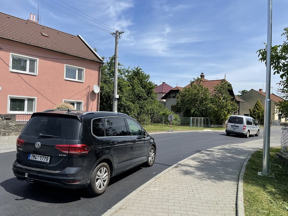 V Litovli začala kritická fáze rekonstrukce průtahu. Na snímku provoz na Pavlínce, 15. června 2021
