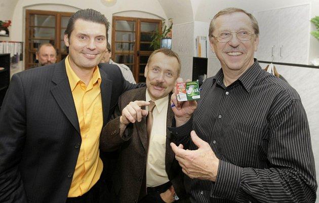 Volební štáb ČSSD a vítězný Martin Tesařík.
