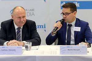 Ladislav Okleštěk, hejtman Olomouckého kraje, a ředitel redakcí Deníku Martin Nevyjel