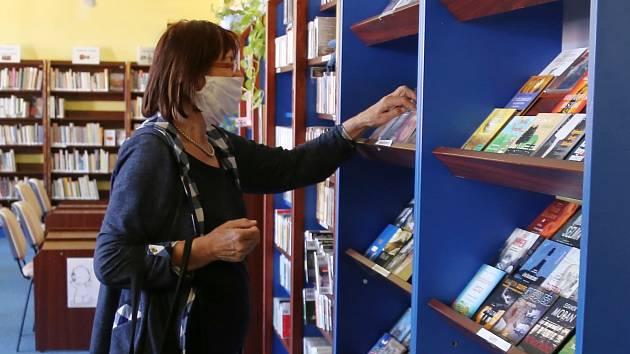 Znovu otevřená knihovna. Ilustrační foto