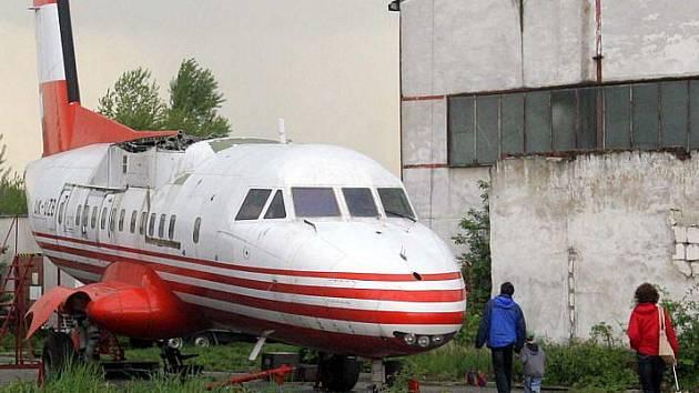 Největší čs. dopravní letadlo Let L- 610M v leteckém muzeu v Olomouci