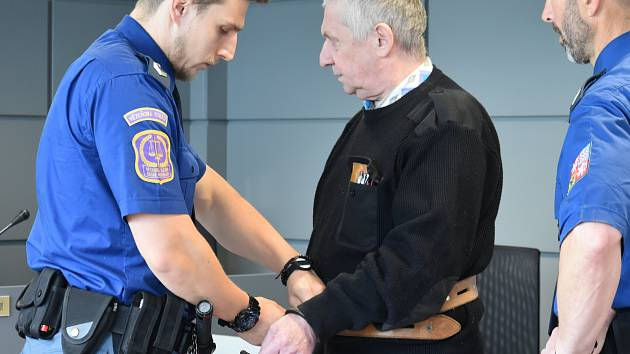 Antonín Benedikt obžalovaný z pokusu o vraždu, u Krajského soudu v Olomouci, 2. 5. 2019