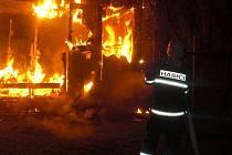 Požár chatky v Černovíře