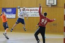 Litovel zvítězila v Bystřici pod Hostýnem. Jakub Schmalz střílí gól.