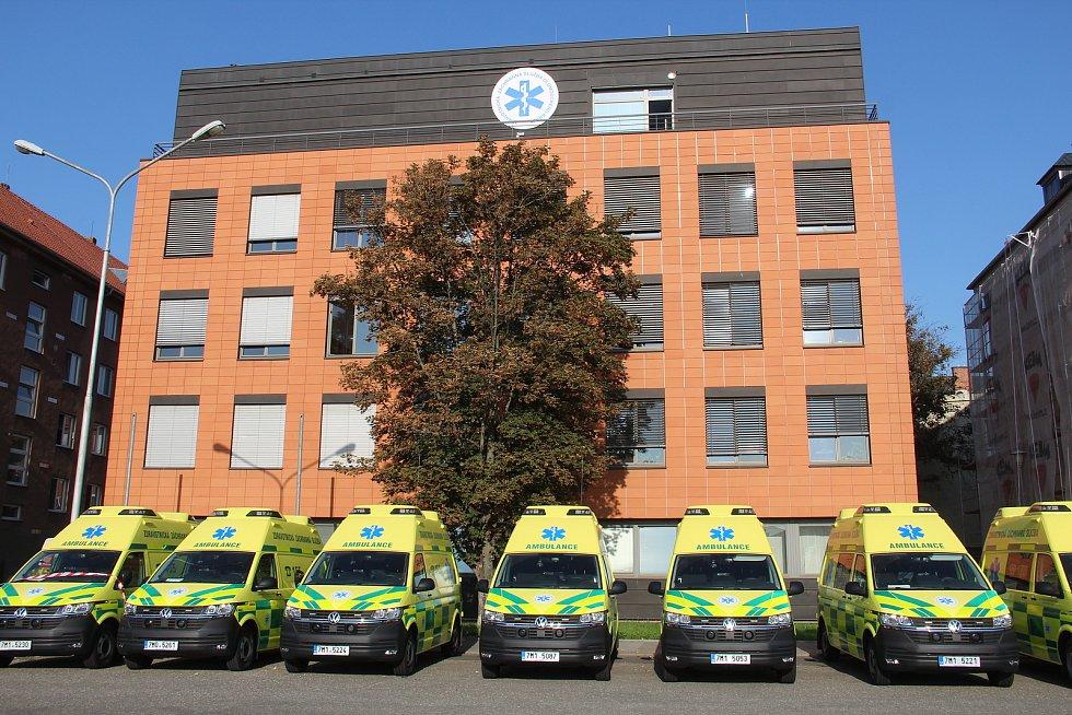 Nové sanitky pro záchranku v Olomouckém kraji