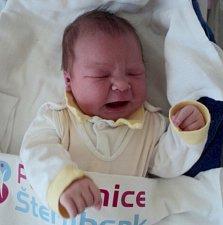 Aneta Zapletalová, Moravský Beroun, narozena 12. prosince ve Šternberku, míra 53 cm, váha 4060 g