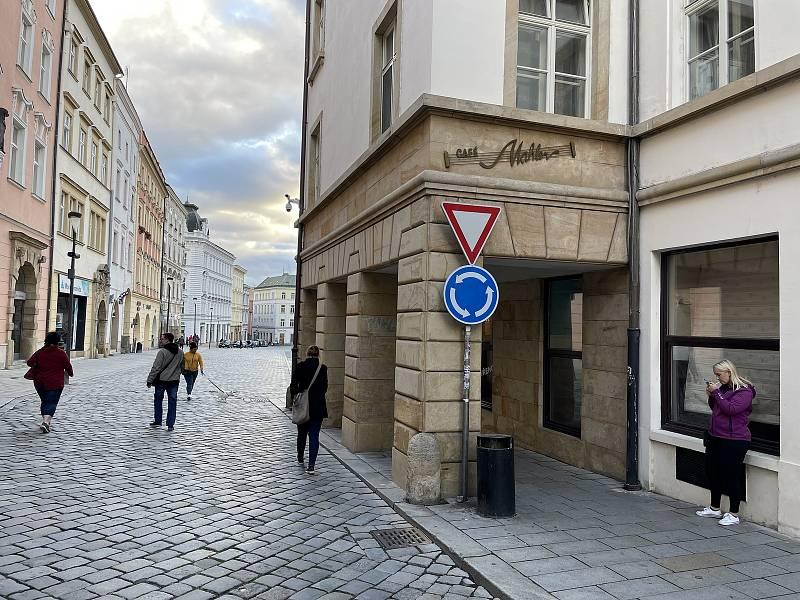 Ztracená ulice, ústí Horní náměstí. 13. října 2021