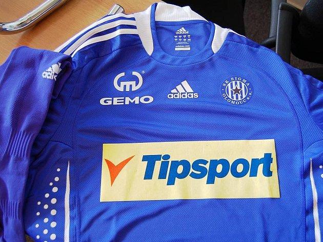 Dres Sigmy pro sezonu 2009/2010.