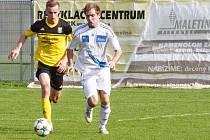 Šternberk (v bílém) proti Novým Sadům