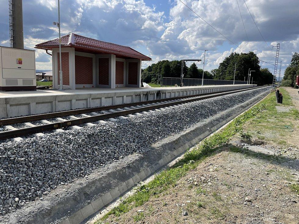 Modernizovaná trať 290, úsek Šternberk-Uničov, Mladějovice, 23. srpna 2021
