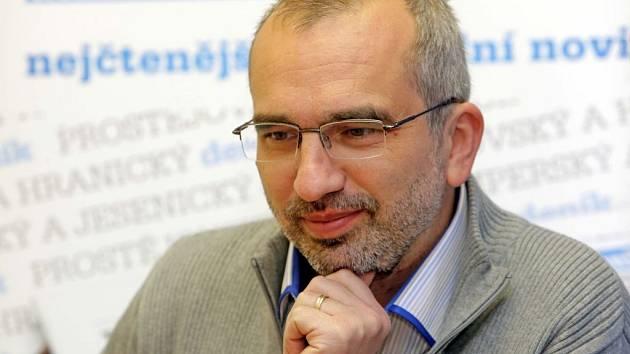 Volební lídr ČSSD v Olomouckém kraji Roman Váňa odpovídal ON-LINE