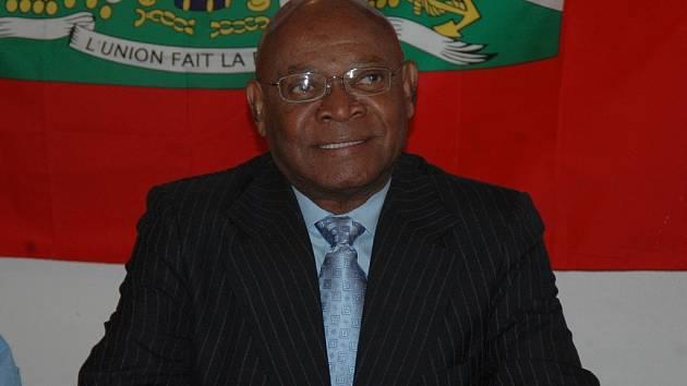Prezidentský kandidát Pierre Armand.