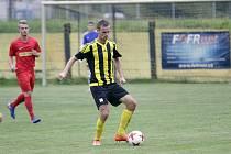 David Škoda (u míče)