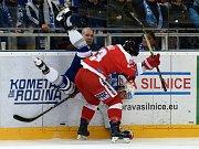 Kometa Brno (v bílé) proti HC Olomouc
