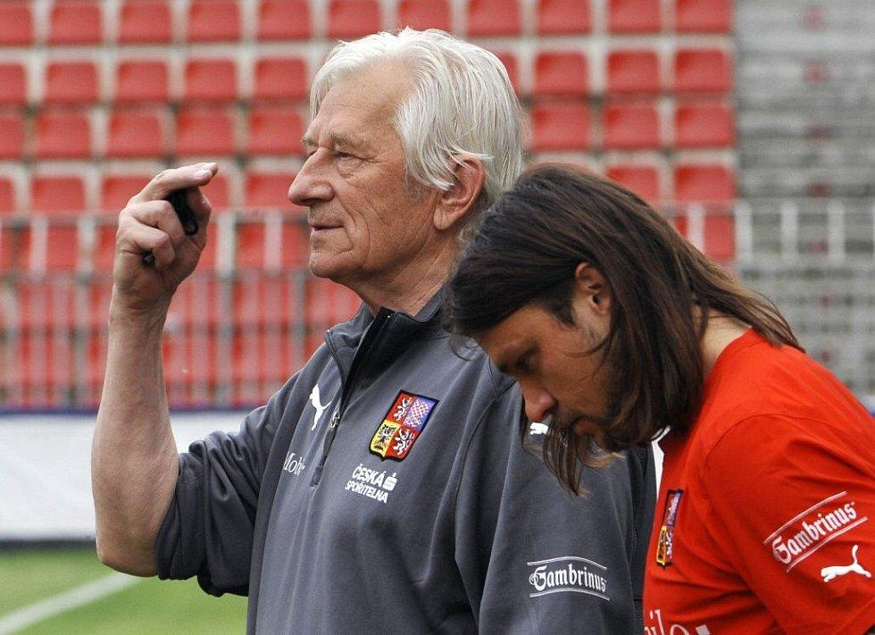 květen 2008. Karel Brückner a Tomáš Ujfaluši